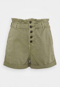 Mavi - TAYLOR - Shorts - green washed down - 0
