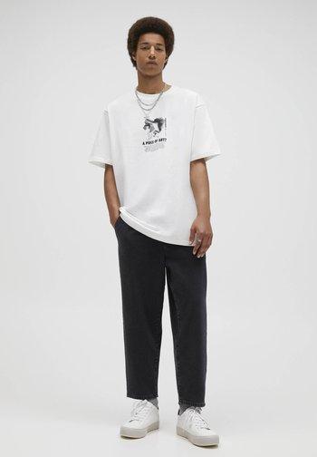 T-shirt med print