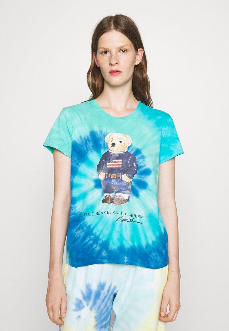 Polo Ralph Lauren - TIE DYE BEAR SHORT SLEEVE - T-shirt con stampa - blue jerry