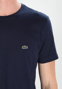 Lacoste - T-shirt basic - navy blue - 3