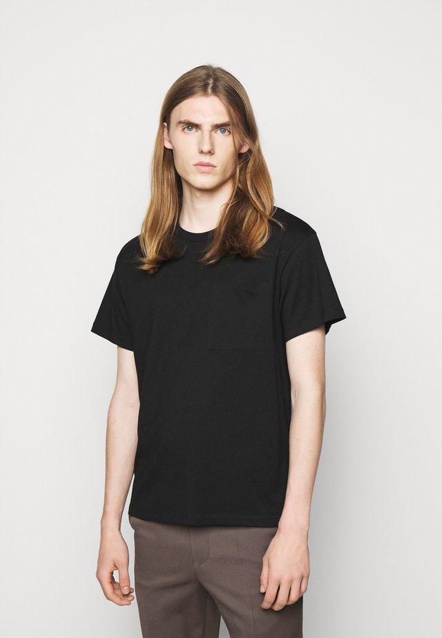 M. BRAD  - Jednoduché triko - black