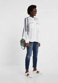 Desigual - CAM_HAMBURGO - Button-down blouse - white - 1