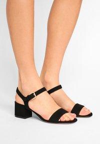 L'Autre Chose - MID HEEL - Sandals - nero - 0