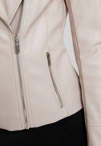 Forever New - NINA COLLARLESS BIKER - Faux leather jacket - mink - 5