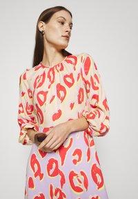 Closet - KIMONO MIDI DRESS - Maxi dress - peach - 5
