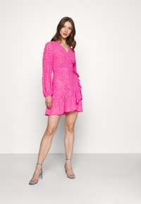 Never Fully Dressed - RAINBOW SPOT MINI DRESS - Denní šaty - pink - 1