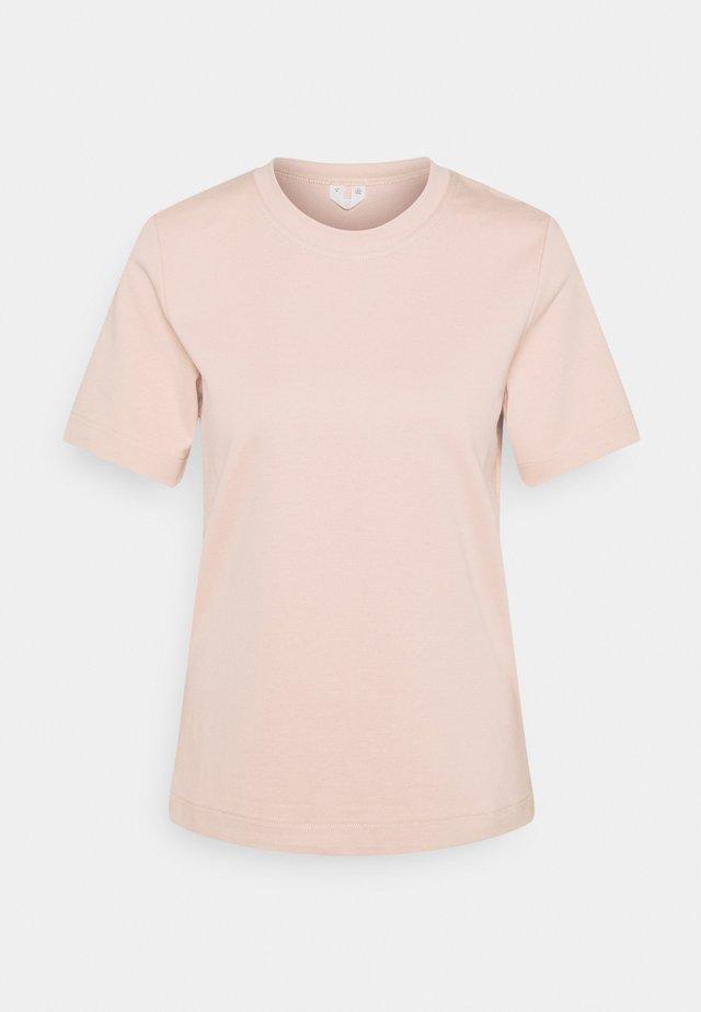 Jednoduché triko - dusty pink