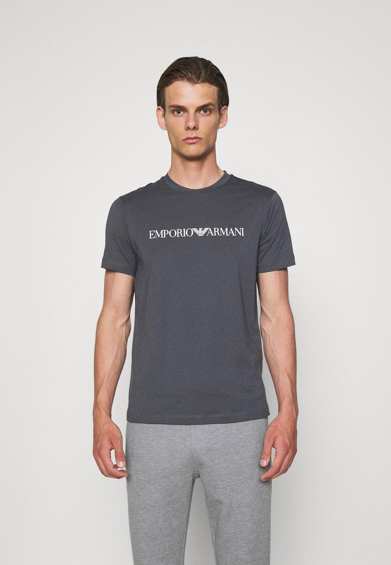 Emporio Armani - Print T-shirt - carbone