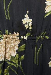BCBGMAXAZRIA - DRESS - Denní šaty - open grey - 2