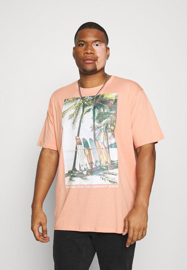 SURF - T-shirt z nadrukiem - pink