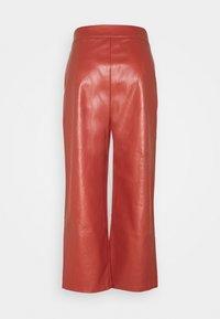 Fashion Union Petite - JACOB TROUSER - Trousers - rust - 1