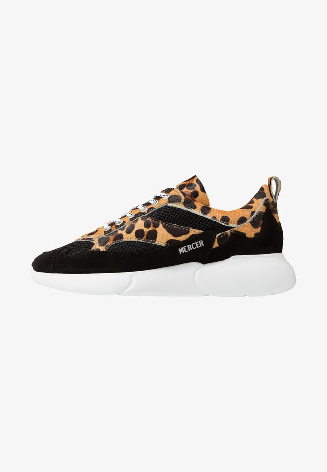 W3RD LEOPARD - Trainers - natural