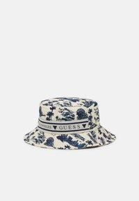 BUCKET HAT UNISEX - Hat - white/blue