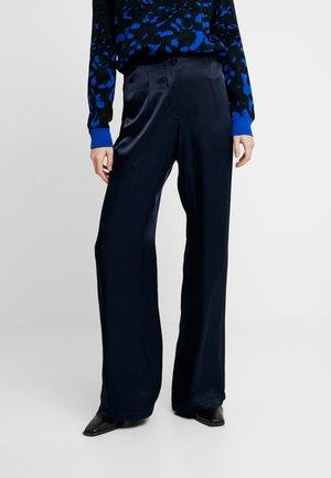 JAKLYN TROUSER - Spodnie materiałowe - navy