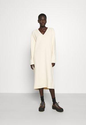 FILIS DRESS - Jumper dress - white aspergus