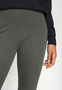 Monki - MEI - Leggings - Trousers - grey dark - 4
