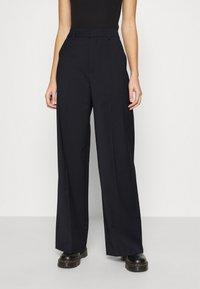 Gestuz - MAGRETHE PANTS  - Trousers - navy - 0