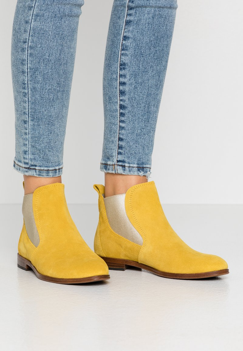 Marco Tozzi - Ankle boot - sun