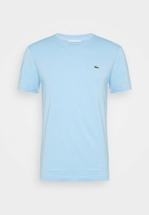 Basic T-shirt - panorama