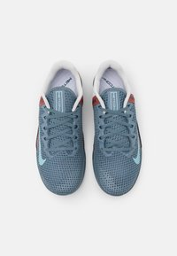 Nike Performance - METCON 6 UNISEX - Sports shoes - ozone blue/bleached aqua/pure platinum/deep ocean/claystone red - 3