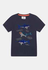 Staccato - KID - Print T-shirt - deep marine - 0