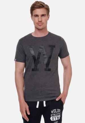 WOLDO ATHLETIC - T-shirt print - dunkelgrau-schwarz