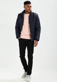 Diesel - THOMMER - Slim fit jeans - 0688h - 1