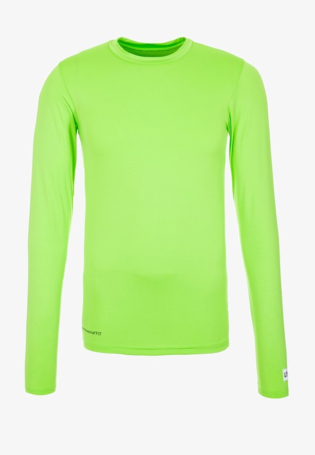 Long sleeved top - light green