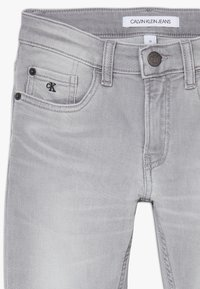Calvin Klein Jeans - SKINNY ATH SOFT GREY STRETCH - Jeans Skinny Fit - grey - 4
