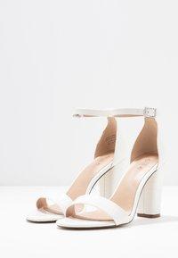 Call it Spring - TAYVIA  - Sandaler med høye hæler - white - 4