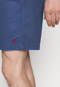 Polo Ralph Lauren - 6-INCH POLO PREPSTER TWILL SHORT - Shorts - rustic navy - 3