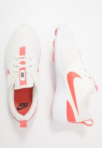 Nike Golf - ROSHE - Obuwie do golfa - sail/magic ember/white/newsprint - 1