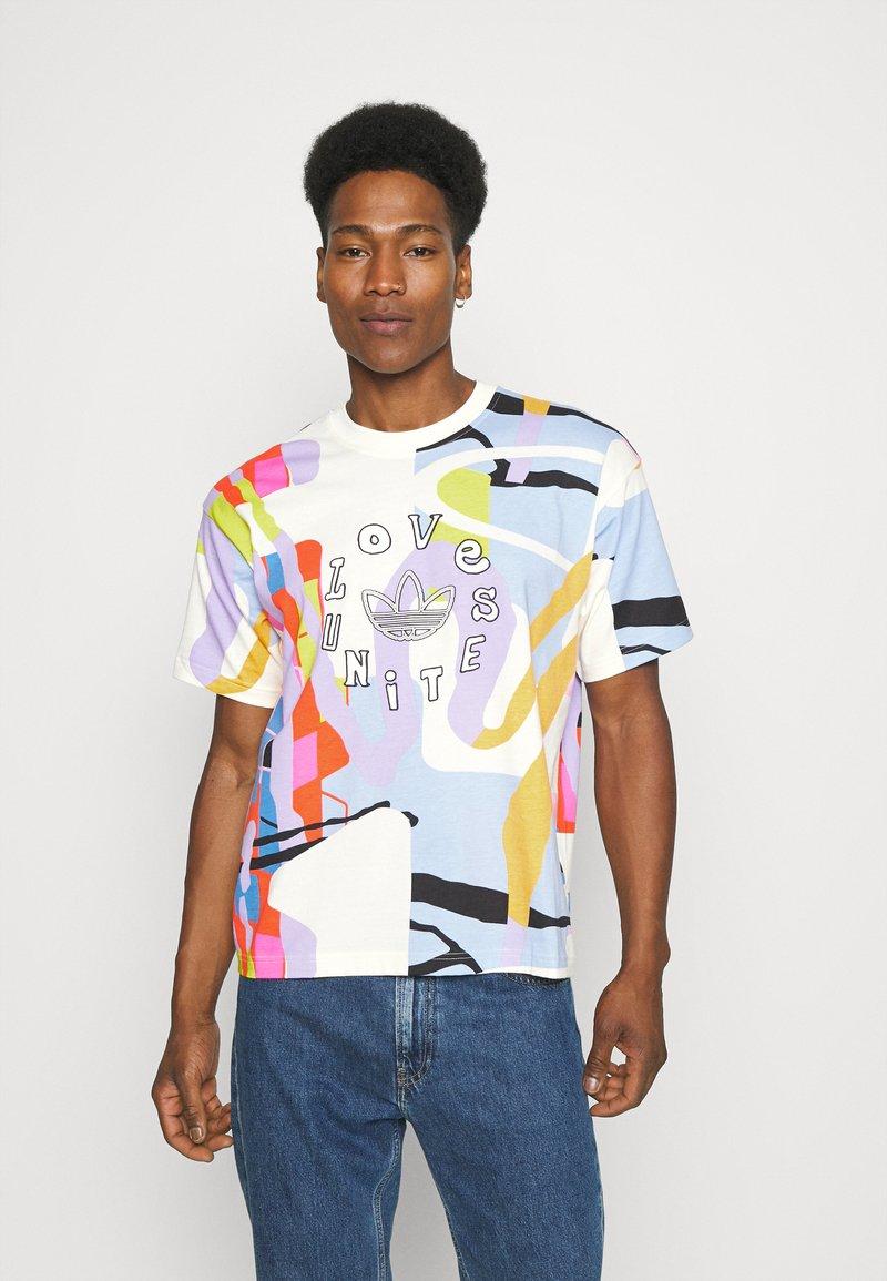adidas Originals - LOVE UNITES UNISEX - T-shirt med print - multicolor