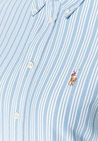 Polo Ralph Lauren - HEIDI LONG SLEEVE BUTTON FRONT SHIRT - Overhemdblouse - carolina blue/white - 2