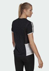 adidas Performance - OWN THE RUN 3-STRIPES ITERATION T-SHIRT - T-shirts med print - black - 2