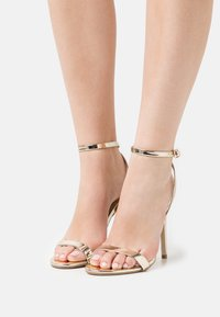 Missguided - BASIC BARELY THERE - Sandalias de tacón - gold - 0