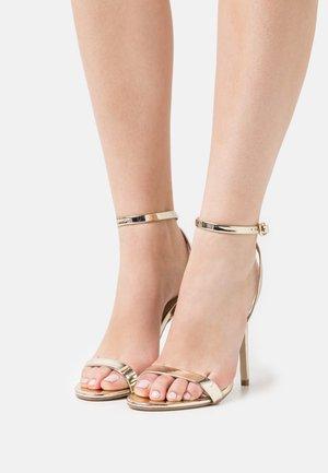 BASIC BARELY THERE - Sandaler med høye hæler - gold