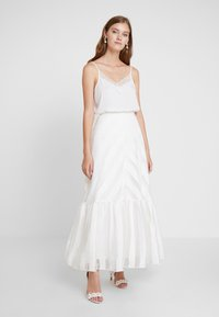 IVY & OAK BRIDAL - VOLANT SKIRT - Maxi skirt - snow white - 1