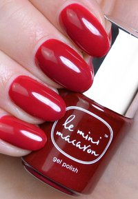 Le Mini Macaron - LE MAXI ROUGE & MOI LIMITED EDITION DELUXE GEL MANICURE SET - Nail set - mix of reds - 7