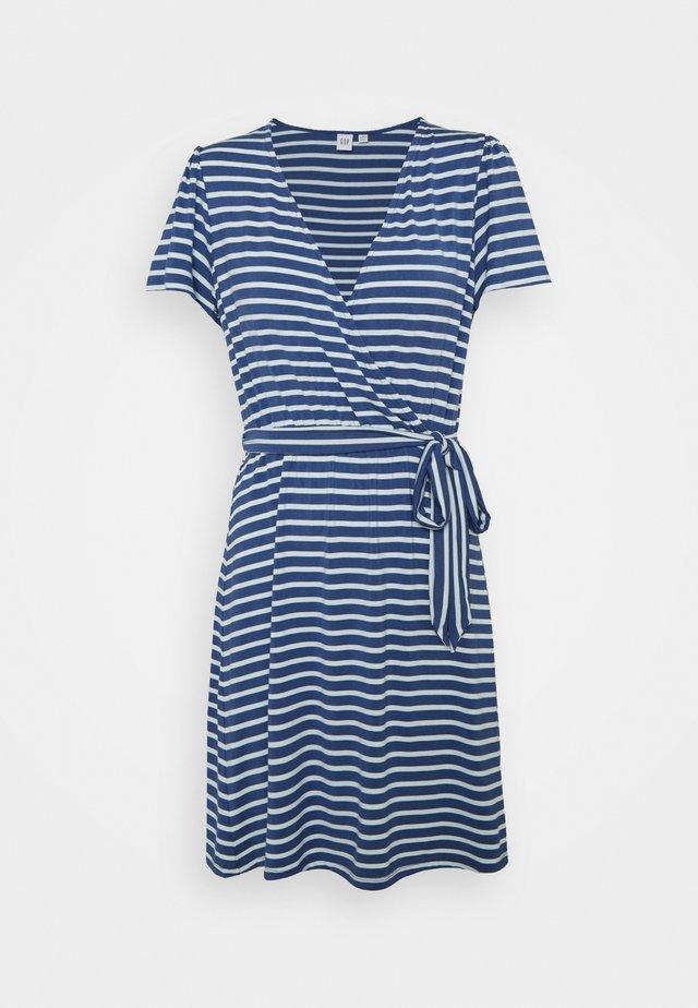 WRAP DRESS - Jerseyklänning - blue