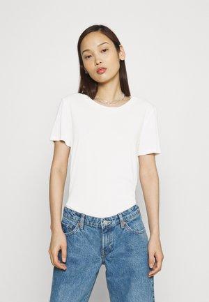 JOLINA - Basic T-shirt - white