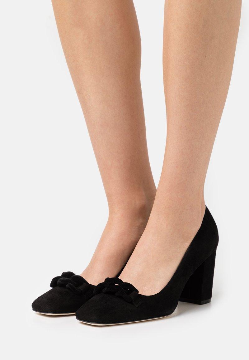 Stuart Weitzman - MADISON - Classic heels - black