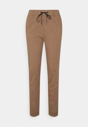 MR PUNTI - Trousers - caramel