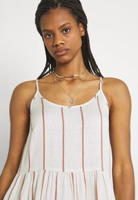 YAS - YASTRIMLA STRAP DRESS  - Korte jurk - tapioca - 3