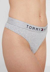 Tommy Hilfiger - ORIGINAL THONG - Thong - grey heather - 4