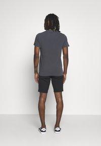 Levi's® - Shorts - mineral black - 2