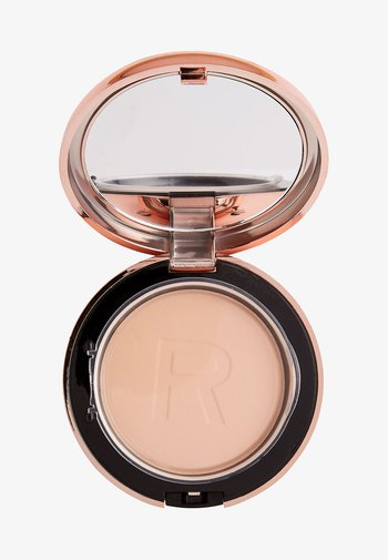 CONCEAL & DEFINE POWDER FOUNDATION