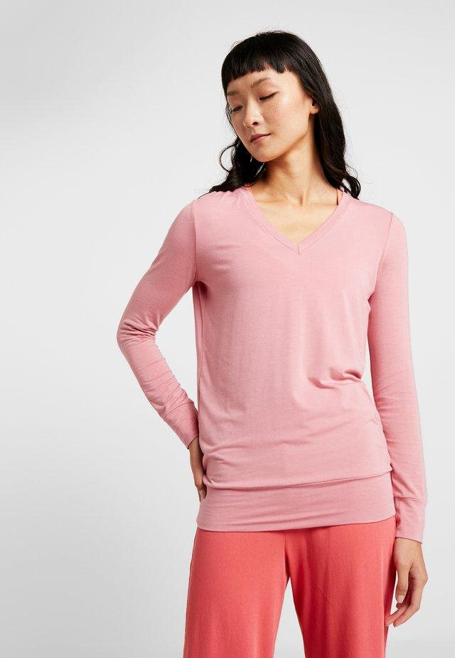 NEW V NECK  - Bluzka z długim rękawem - coral pink
