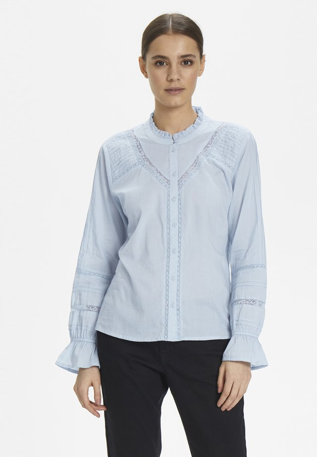 MANNACR SHIRT - Button-down blouse - kentucky blue