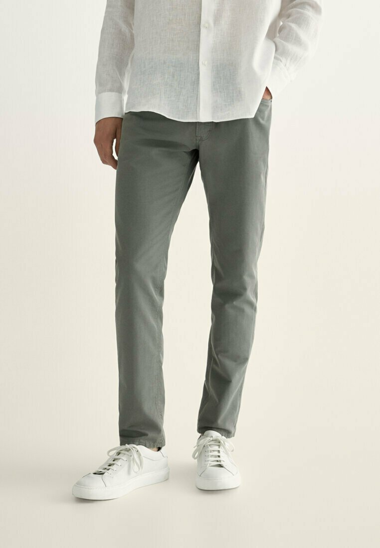 Massimo Dutti - MIT KONTRASTEN  - Slim fit jeans - khaki